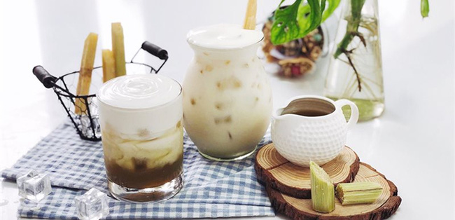 """Nước mía thì ai cũng biết là ngon nhưng có thêm một nguyên liệu quen thuộc này, thành phẩm đảm bảo """"gây nghiện"""" hơn cả trà sữa, lại còn giúp đẹp da! - Ảnh 1."""