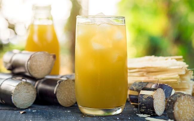 """Nước mía thì ai cũng biết là ngon nhưng có thêm một nguyên liệu quen thuộc này, thành phẩm đảm bảo """"gây nghiện"""" hơn cả trà sữa, lại còn giúp đẹp da! - Ảnh 8."""