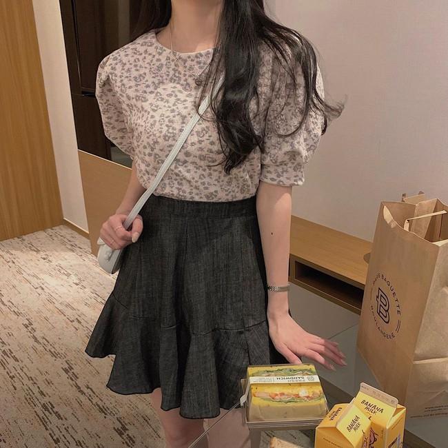 10 cách diện áo hoa cực xinh yêu từ gái Hàn, áp dụng theo thì style chỉ có chuẩn sang xịn - Ảnh 6.