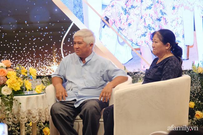 """Bà Nguyễn Phương Hằng giải thích việc bị tố vô ơn với """"thần y"""": Tìm mọi cách cứu chồng là bản năng của phụ nữ - Ảnh 10."""