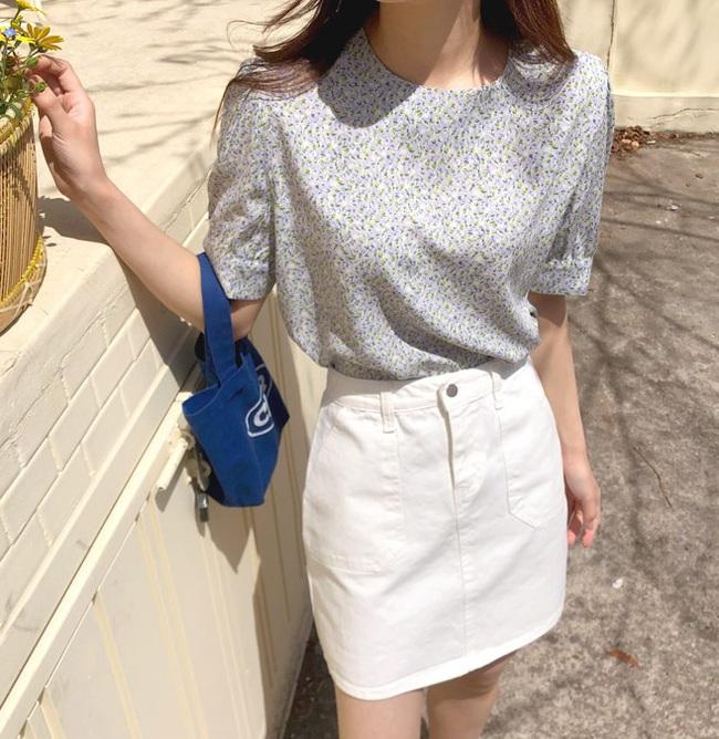 10 cách diện áo hoa cực xinh yêu từ gái Hàn, áp dụng theo thì style chỉ có chuẩn sang xịn - Ảnh 5.