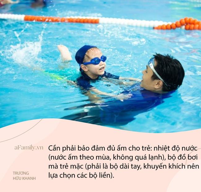 """Từ vụ em bé 1 tháng tuổi ở Hà Nội giật thót mình, gào khóc khi đi học bơi, bác sĩ Nhi lên tiếng: """"Trẻ sơ sinh không cần học bơi!"""" - Ảnh 4."""