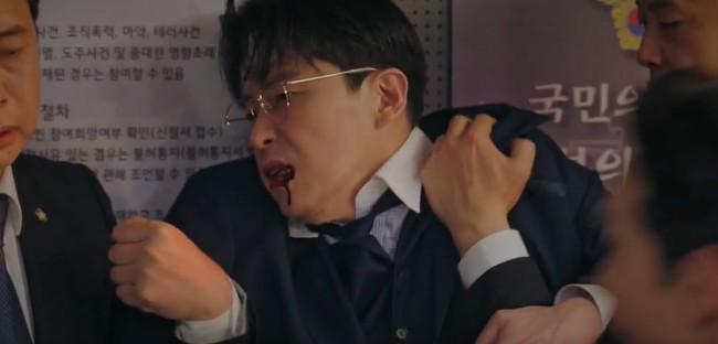 Cuộc chiến thượng lưu tập 13: Không phải Seok Hoon, Min Hyuk mới là người bị Ju Dan Tae giết chết vì quá vô dụng? - Ảnh 5.