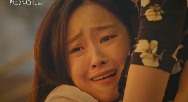 Cuộc chiến thượng lưu tập cuối phần 2: Logan Lee bị cho nổ bom chết ngay trước mặt Su Ryeon, Je Ni bất ngờ trở mặt với Ro Na - Ảnh 21.