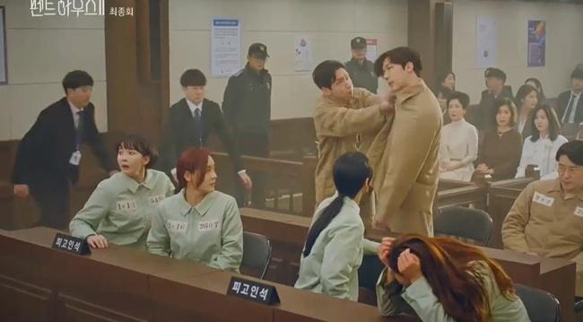 Cuộc chiến thượng lưu tập cuối phần 2: Logan Lee bị cho nổ bom chết ngay trước mặt Su Ryeon, Je Ni bất ngờ trở mặt với Ro Na - Ảnh 15.