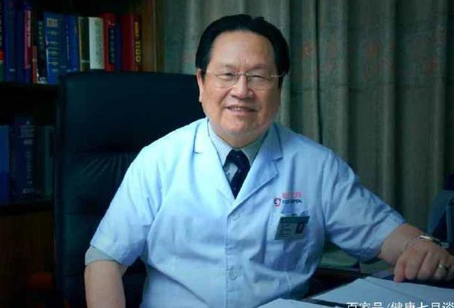 Mắc ung thư gan 15 năm vẫn khỏe mạnh, Giám đốc bệnh viện Ung bướu 81 tuổi tiết lộ 3 sự thật ít người biết về ung thư - Ảnh 1.