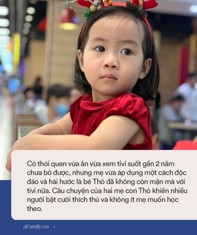 Bé gái 3 tuổi cứ ăn là đòi xem tivi, mẹ liền tung chiêu cực hài nhưng khiến con khiếp vía, kể từ đó em bé và tivi trở thành người dưng - Ảnh 4.