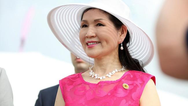"""Dành cả đời để theo đuổi """"giấc mơ Mỹ"""", mẹ đơn thân gốc Hàn giờ đã là vợ thống đốc kêu gọi người gốc Á đừng im lặng nữa - Ảnh 1."""