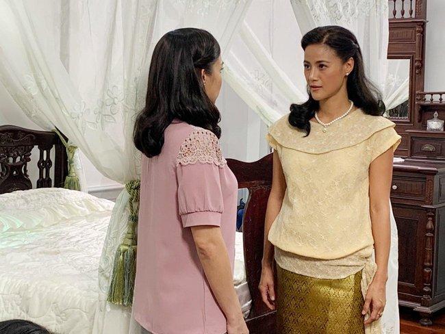 """Ngày cưới được mẹ chồng trao 2 cây vàng khiến ai cũng ngưỡng mộ, đến đêm tân hôn chị dâu bỗng gõ cửa tuyên bố một điều khiến tôi """"hóa đá"""" - Ảnh 1."""