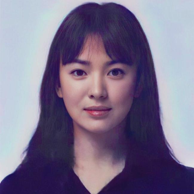 """Song Hye Kyo gây sốc cực mạnh với bức ảnh """"bác sĩ Kang"""" trong """"Hậu duệ mặt trời"""" lần đầu được tiết lộ, nhan sắc chuẩn vạn người mê - Ảnh 2."""