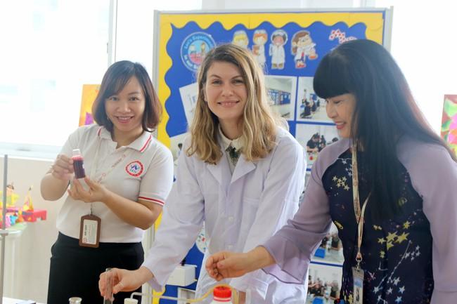 Gần 300 phụ huynh, học sinh tham gia sự kiện Big Open Day 2021 của trường Quốc tế Nhật Bản - Ảnh 4.
