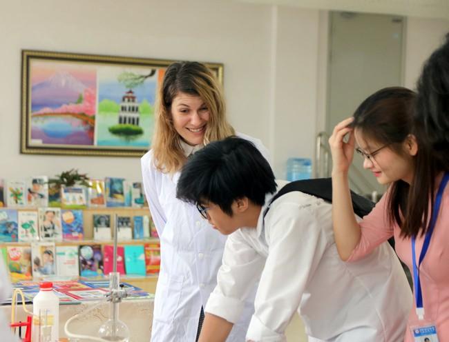 Gần 300 phụ huynh, học sinh tham gia sự kiện Big Open Day 2021 của trường Quốc tế Nhật Bản - Ảnh 5.
