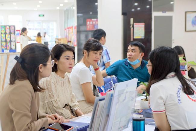 Gần 300 phụ huynh, học sinh tham gia sự kiện Big Open Day 2021 của trường Quốc tế Nhật Bản - Ảnh 2.
