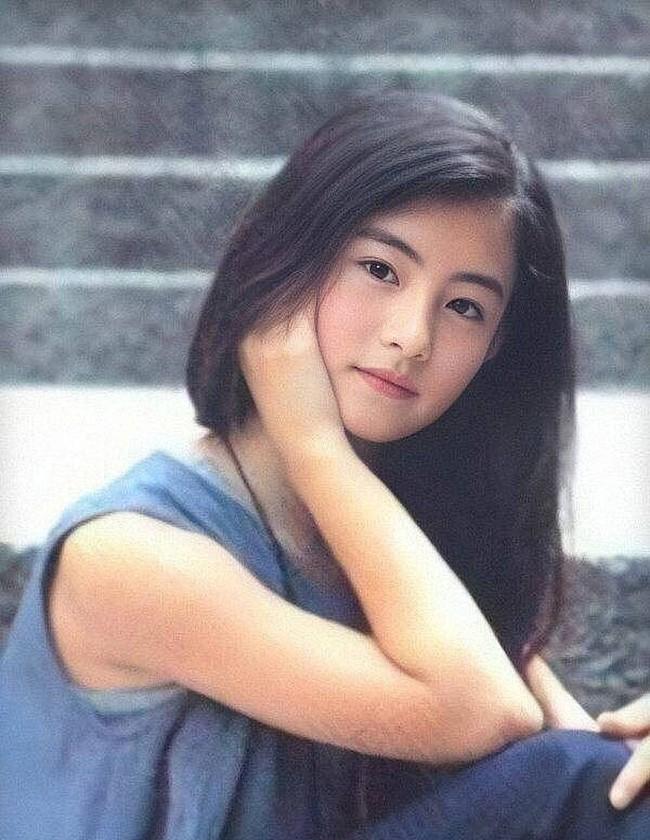 Hình ảnh năm 17 tuổi của dàn mỹ nhân Hoa ngữ: Dương Mịch, Phạm Băng Băng lép vế trước Lưu Diệc Phi, Trương Bá Chi - Ảnh 3.