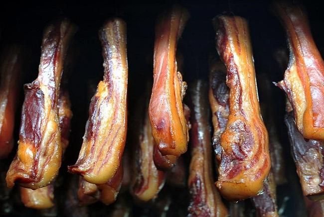 Những loại thịt dù ngon cách mấy cũng không nên cho trẻ ăn nhiều, nếu không muốn trẻ chậm lớn, dậy thì sớm - Ảnh 3.