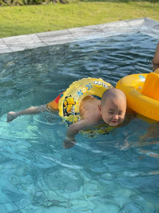 """""""Vựa muối"""" nhà Trà My Idol chỉ đi bơi thôi chứ có làm gì đâu mà ai xem ảnh cũng bật chế độ """"auto cười"""" - Ảnh 4."""