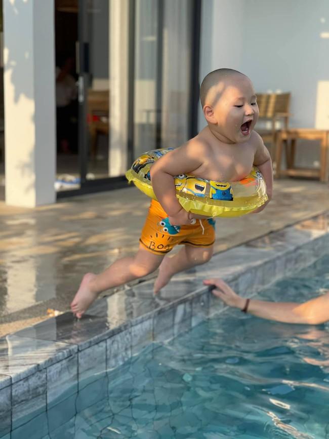"""""""Vựa muối"""" nhà Trà My Idol chỉ đi bơi thôi chứ có làm gì đâu mà ai xem ảnh cũng bật chế độ """"auto cười"""" - Ảnh 2."""