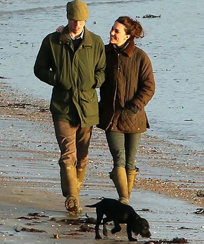 """Kỷ niệm 10 năm ngày cưới của nhà Công nương Kate: Một loạt khoảnh khắc """"tình bể bình"""" của cặp đôi chứng minh họ là một nửa hoàn hảo dành cho nhau - Ảnh 14."""
