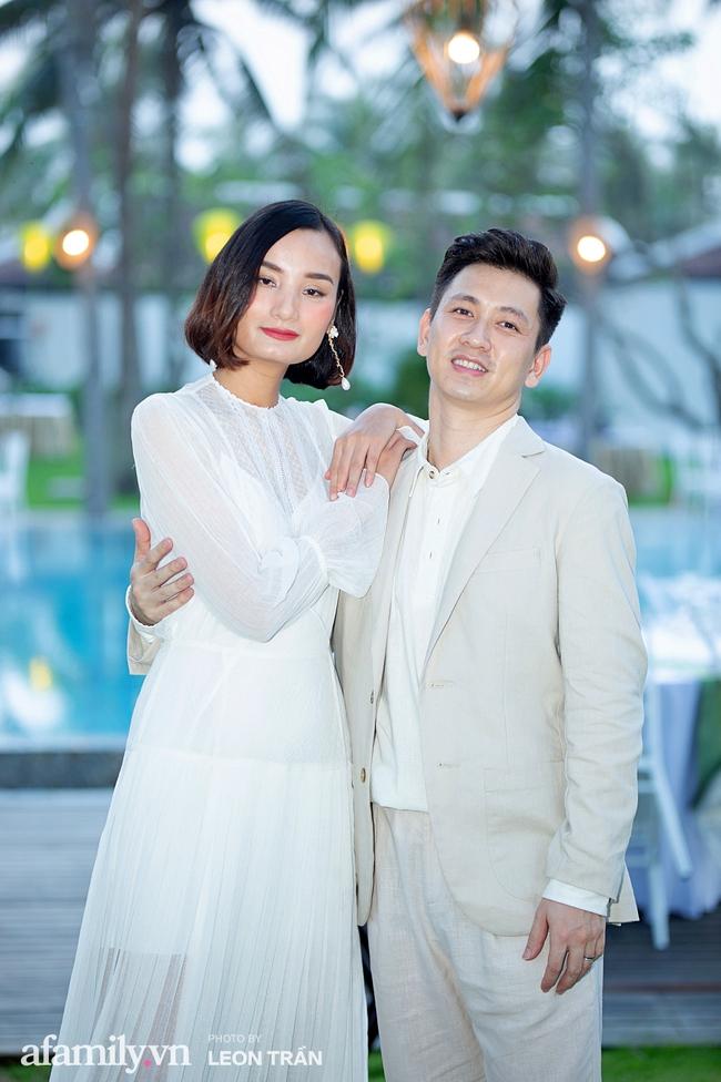 """Dàn sao diện cây trắng sang trọng, Hoa hậu Đỗ Thị Hà và Jennifer Phạm bỗng """"lạc quẻ"""" với tông màu nổi bật - Ảnh 7."""