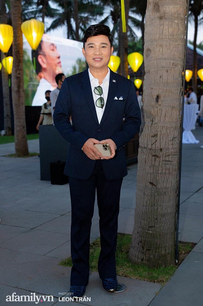 """Dàn sao diện cây trắng sang trọng, Hoa hậu Đỗ Thị Hà và Jennifer Phạm bỗng """"lạc quẻ"""" với tông màu nổi bật - Ảnh 12."""