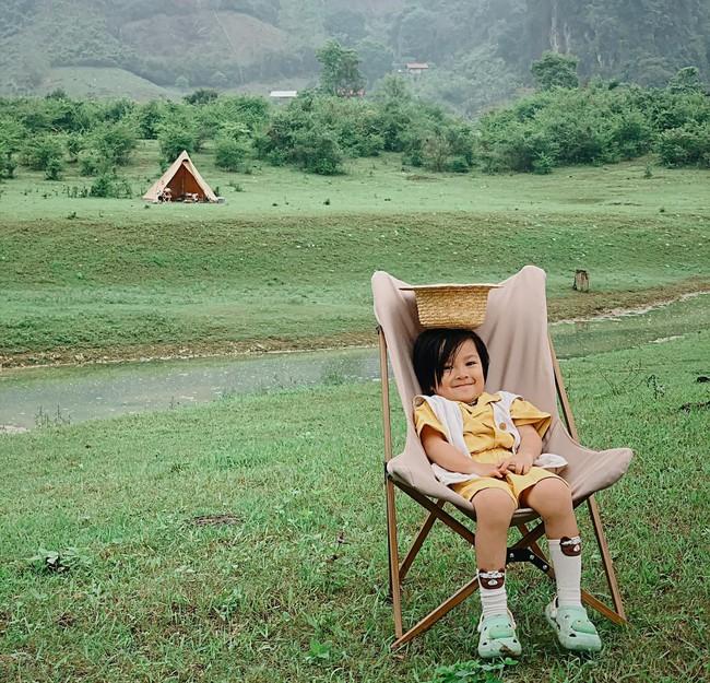 Bố mẹ đừng ngại đưa con đi cắm trại ngoài trời, có cả tá đồ hay ho và tiện ích giải quyết mọi nhu cầu từ ăn - ngủ đến đi vệ sinh của trẻ đây - Ảnh 6.