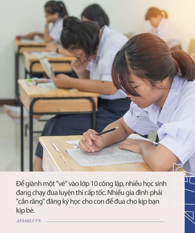 Cuộc đua giành vé vào lớp 10 công lập: Phụ huynh Hà Nội sẵn sàng chi tiền triệu cho 1 buổi học, học sinh TP. HCM tăng tốc luyện thi tiếng Anh vì quy định tính điểm mới - Ảnh 3.