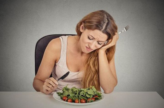 Sau khi nấu ăn xuất hiện chóng mặt, tức ngực, chán ăn thì rất có thể ung thư phổi cách bạn không xa - Ảnh 2.