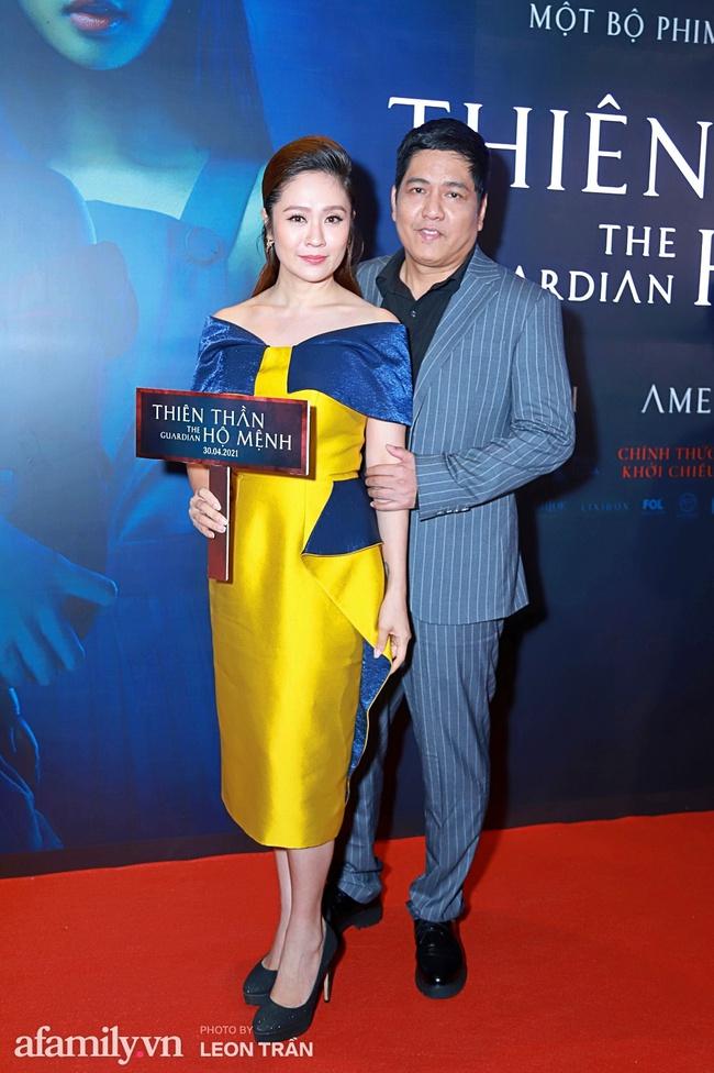 """Vợ chồng Victor Vũ - Đinh Ngọc Diệp đưa các con đến họp báo, thân hình và nhan sắc """"bà mẹ 2 con"""" lập tức gây chú ý - Ảnh 31."""