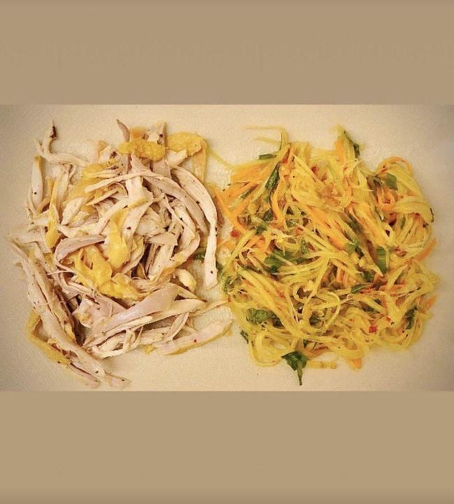 Chẳng khoe thành quả bếp núc nhiều, Đặng Thu Thảo vẫn được khen đảm đang chỉ nhờ món đặc sản Hội An, mọi người lưu gấp cách thực hiện - Ảnh 10.