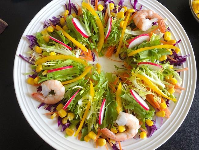 Mùa hè chỉ cần ăn món salad này thường xuyên đảm bảo da đẹp dáng xinh - Ảnh 11.