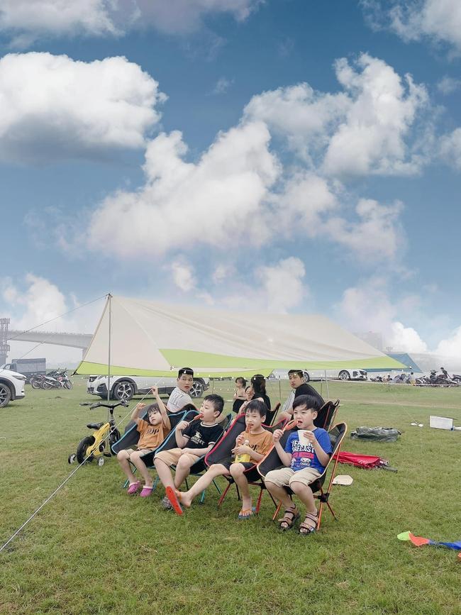 """Trào lưu cắm trại cùng con đang """"hot"""" rần rần: Lưu ngay những địa điểm lý tưởng cho bé đi camping dịp lễ 30/4-1/5 ở Hà Nội và TP. Hồ Chí Minh - Ảnh 13."""