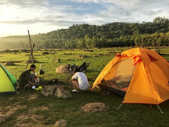 """Trào lưu cắm trại cùng con đang """"hot"""" rần rần: Lưu ngay những địa điểm lý tưởng cho bé đi camping dịp lễ 30/4-1/5 ở Hà Nội và TP. Hồ Chí Minh - Ảnh 26."""