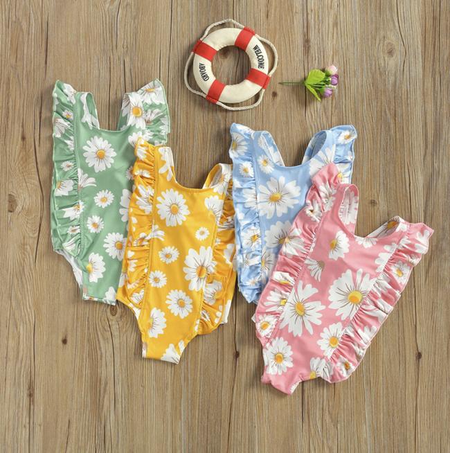 Bé Suchin nhà Cường Đô La mới 9 tháng tuổi đã cực sành điệu, được mẹ sắm cả bộ sưu tập áo bơi đi biển nhìn mà mê - Ảnh 5.