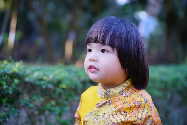 Diễn viên Lê Khánh cho con trai để tóc dài như con gái, ai hỏi giới tính của bé đều đưa ra câu trả lời ngã ngửa - Ảnh 7.