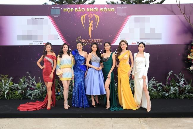 """Miss Earth Vietnam: Hoa hậu Phương Khánh lên đồ chặt chém, Nam Em """"lọt thỏm"""" và nhợt nhạt giữa dàn mỹ nhân - Ảnh 12."""