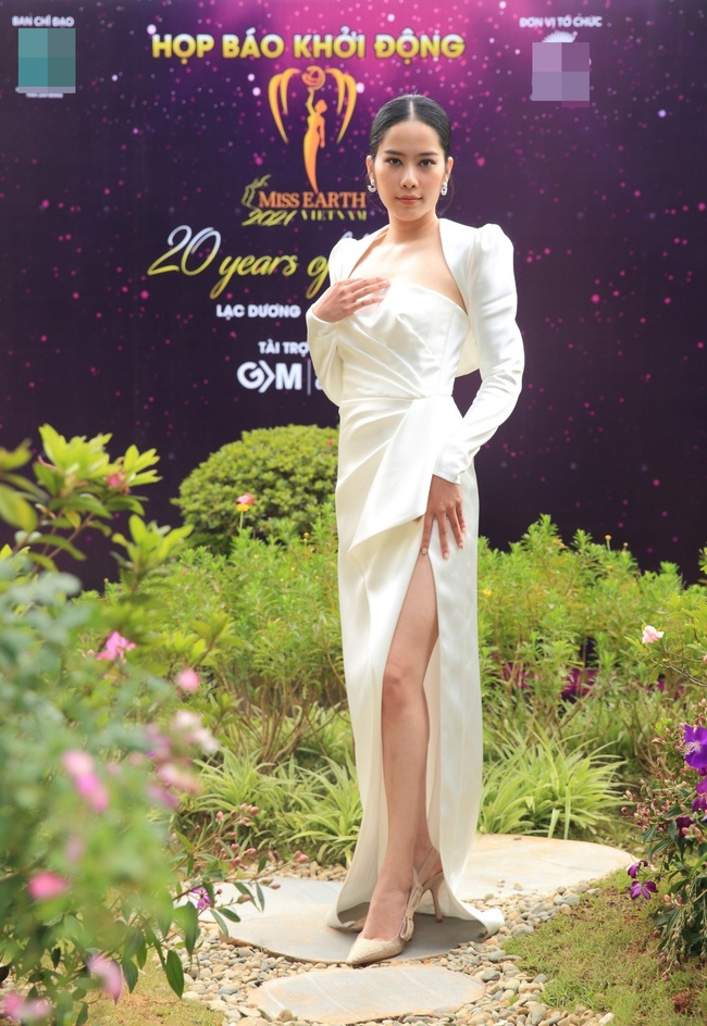 """Miss Earth Vietnam: Hoa hậu Phương Khánh lên đồ chặt chém, Nam Em """"lọt thỏm"""" và nhợt nhạt giữa dàn mỹ nhân - Ảnh 11."""