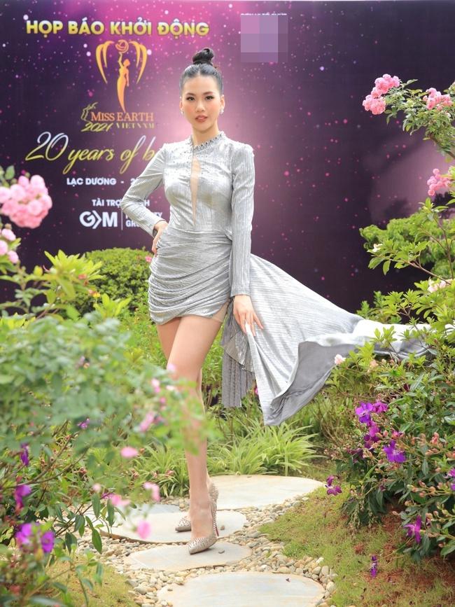 """Miss Earth Vietnam: Hoa hậu Phương Khánh lên đồ chặt chém, Nam Em """"lọt thỏm"""" và nhợt nhạt giữa dàn mỹ nhân - Ảnh 8."""
