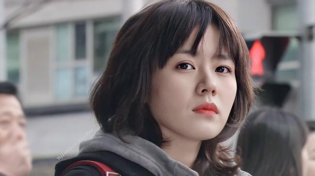 """Thêm một bộ phim của Son Ye Jin hot trở lại sau 15 năm, fan xem lại phải trầm trồ vì đôi mắt to, khuôn mặt tròn xoe của """"chị đẹp"""" - Ảnh 10."""