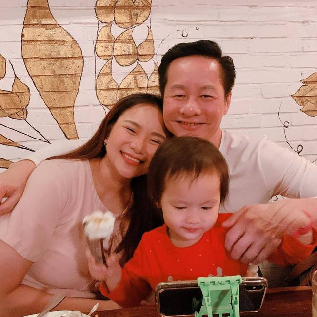Cuộc sống được chồng đại gia cung phụng như bà hoàng của Phan Như Thảo:  - Ảnh 2.