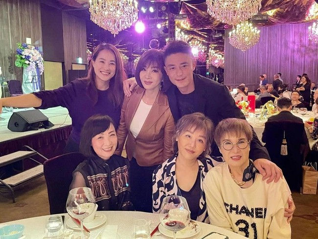 """Hậu tin đồn ly hôn, Hoắc Kiến Hoa gây chú ý vì """"tránh mặt"""" Lâm Tâm Như trong tiệc sinh nhật mẹ vợ? - Ảnh 1."""
