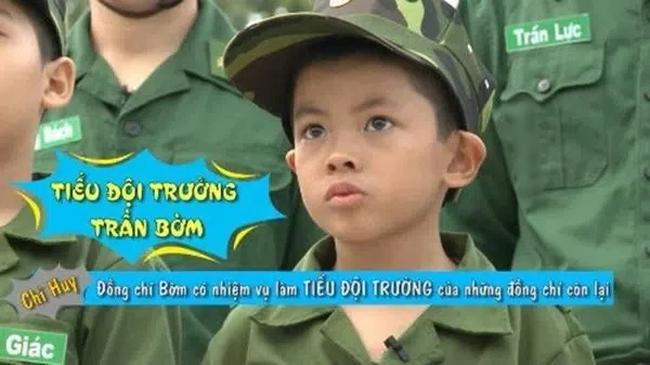 """""""Mầm non giải trí"""" nhà đạo diễn Trần Lực: Tính cách lầy lội còn hơn cả anh trai Trần Bờm, cách được bố dạy lại càng bất ngờ - Ảnh 1."""