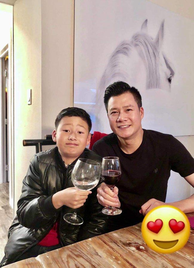 Chỉ 1 động thái nhỏ trên Facebook, Jennifer Phạm và chồng cũ Quang Dũng bỗng được khen ngợi hết lời: Dạy con văn minh quá! - Ảnh 2.
