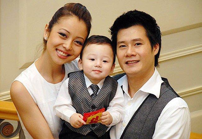 Chỉ 1 động thái nhỏ trên Facebook, Jennifer Phạm và chồng cũ Quang Dũng bỗng được khen ngợi hết lời: Dạy con văn minh quá! - Ảnh 1.