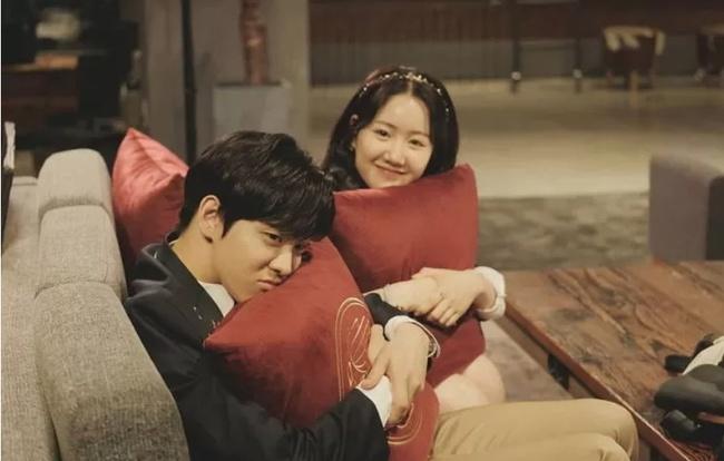 Cuộc chiến thượng lưu lộ kịch bản phần 3: Je Ni sẽ giật bồ của Ro Na, quyết giành Seok Hoon để trả thù? - Ảnh 4.