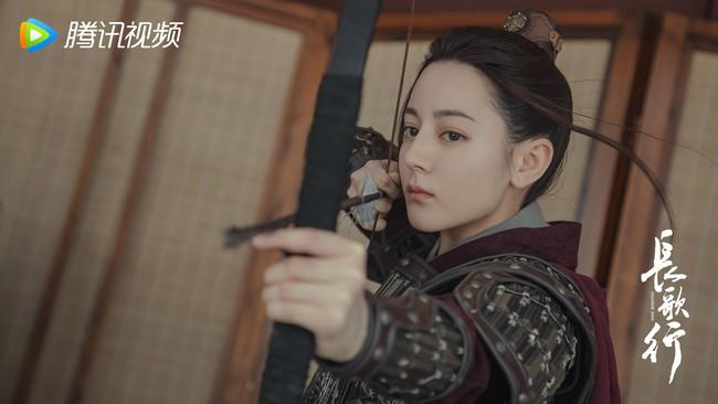 Trường Ca Hành: Địch Lệ Nhiệt Ba khóc lóc, đăng hẳn Weibo vì netizen phản pháo điều này - Ảnh 5.