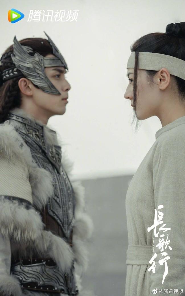 Trường Ca Hành: Địch Lệ Nhiệt Ba khóc lóc, đăng hẳn Weibo vì netizen phản pháo điều này - Ảnh 3.
