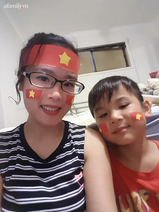 Không giỏi tiếng Anh, bà mẹ ở Phú Thọ vừa học vừa giúp con chinh phục học bổng hai trường tư thục nước ngoài danh giá - Ảnh 4.