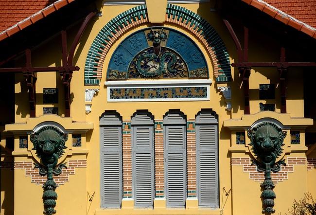 Sài Gòn có 1 ngôi trường cổ hơn 100 năm tuổi: Từng ô gạch đều đẹp đến nao lòng, sinh viên bước vào cứ ngập ngừng chẳng nỡ về - Ảnh 7.