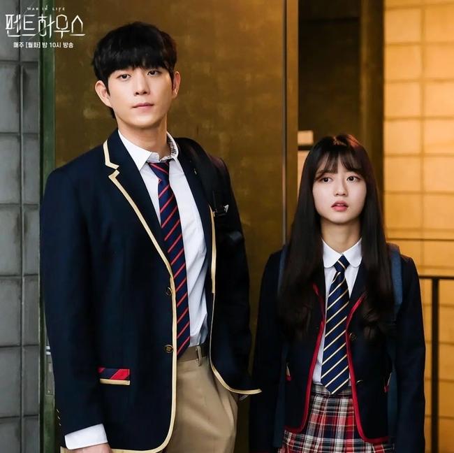 Cuộc chiến thượng lưu lộ kịch bản phần 3: Je Ni sẽ giật bồ của Ro Na, quyết giành Seok Hoon để trả thù? - Ảnh 5.