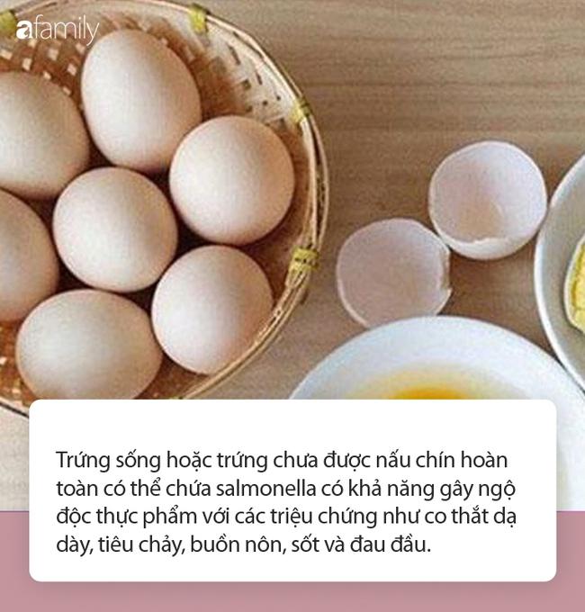 Thường xuyên ăn 20-30 quả trứng gà sống mỗi lần để giữ dáng, đẹp da: Chuyên gia lên tiếng với cách làm đẹp của bà mẹ 35 tuổi - Ảnh 4.